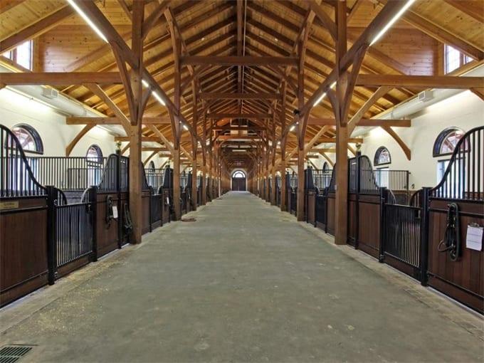 Luxe Paardenstal